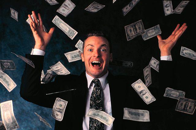 plastic-surgeon-wasting-money
